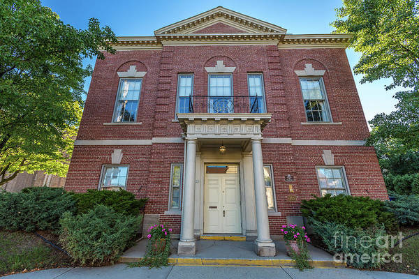 Wi Photograph - Wauwatosa Womens Club by Andrew Slater