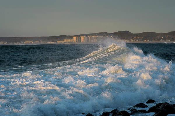 Photograph - Wave Crest Seaside by Robert Potts