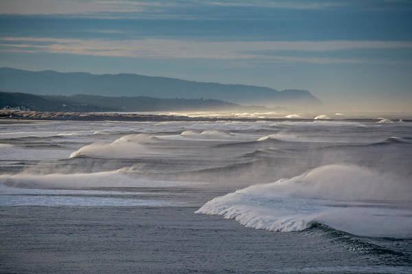 Photograph - Wave Spray by Bill Posner