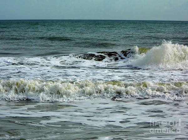 Photograph - Waves At Wabasso by D Hackett