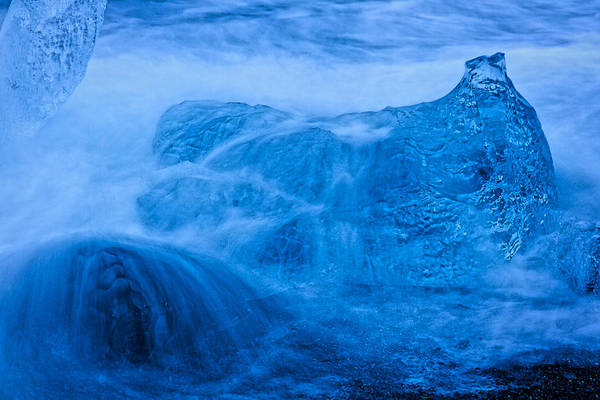 Photograph - Waves Over Icebergs by Stuart Litoff