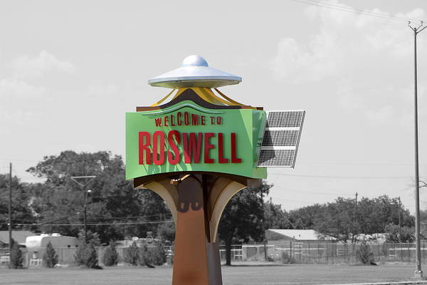 Photograph - Welcome To Roswell Sign by Colleen Cornelius