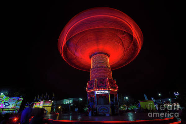 Wall Art - Photograph - Wellenflug Spins by Andrew Slater