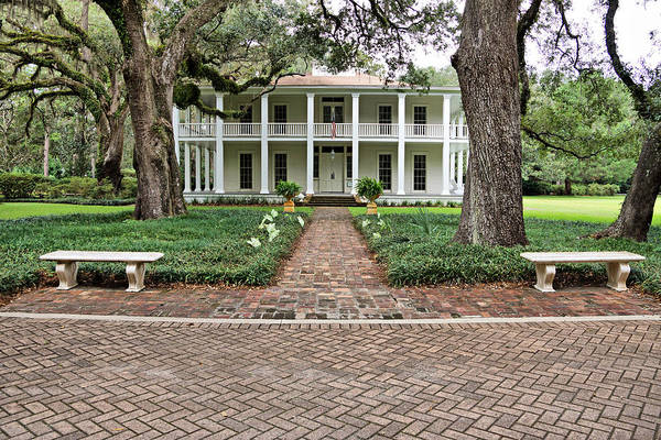 Photograph - Wesley House Front by Sandy Keeton