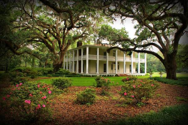 Photograph - Wesley House by Sandy Keeton