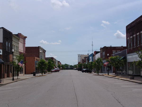 Moberly Photograph - West Reed Street Moberly Missouri by Kathy Cornett