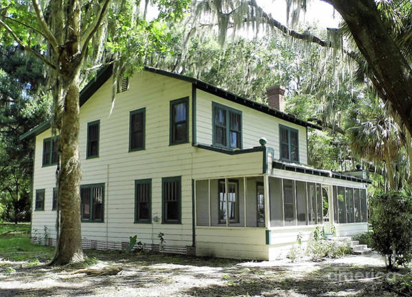 Photograph - West Side Of Ma Barkers House by D Hackett