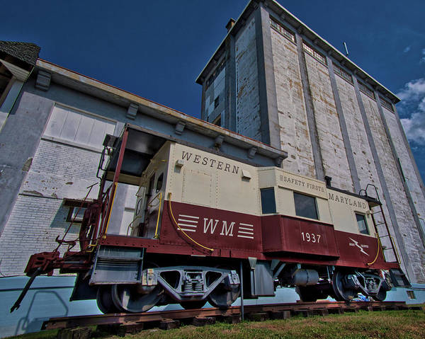 Photograph - Western Maryland Railroad Caboose by Mark Dodd