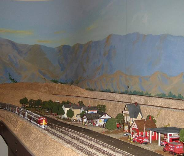 Model Trains Painting - Western Pacific Approaches  by Maria Hunt