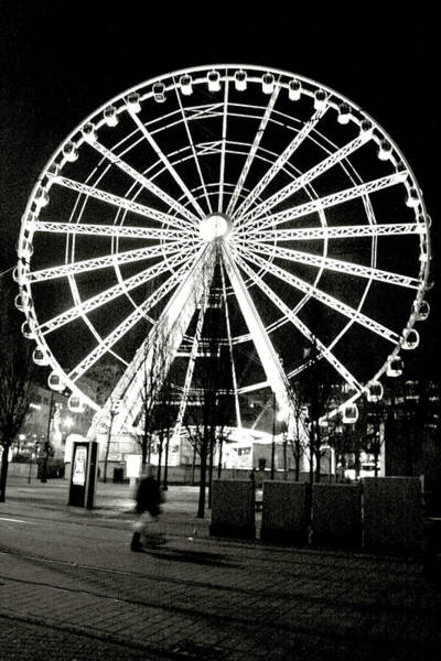 Greater Manchester Wall Art - Photograph - Wheel Of Manchester - Black And White by Doc Braham