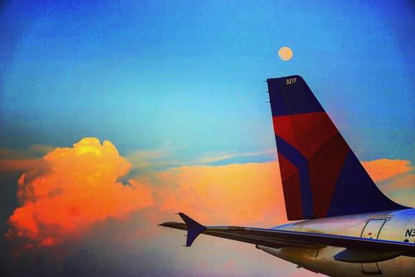 Delta Air Lines Wall Art - Photograph - Widget by Barrett Reed