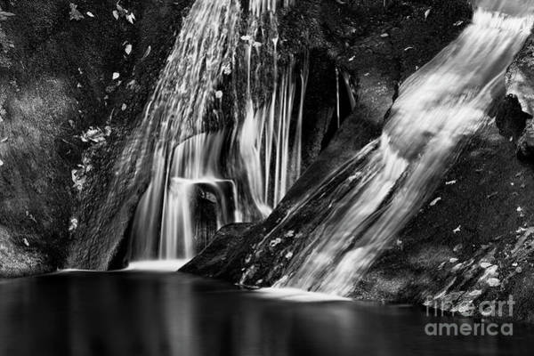 Photograph - Widows Creek Falls H by Patrick M Lynch