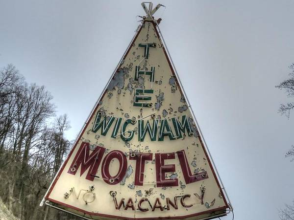 Wall Art - Photograph - Wigwam Motel Neon Sign Maggie Vallery North Carolina by Jane Linders