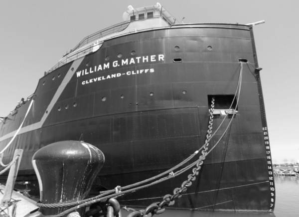 Photograph - William G. Mather Steamship Cleveland by Dan Sproul