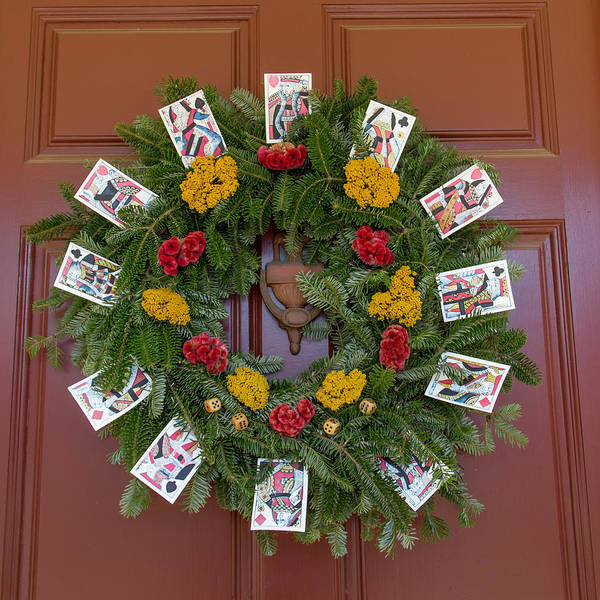 Wall Art - Photograph - Williamsburg Wreath 56 by Teresa Mucha