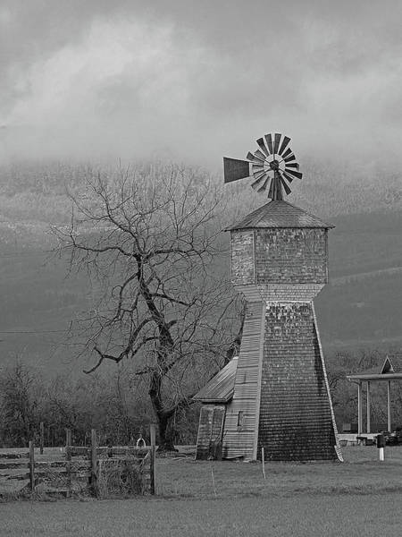 Photograph - Windmill Of Old by Suzy Piatt