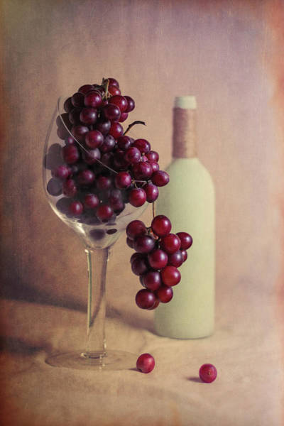 Wineglass Wall Art - Photograph - Wine On The Vine by Tom Mc Nemar