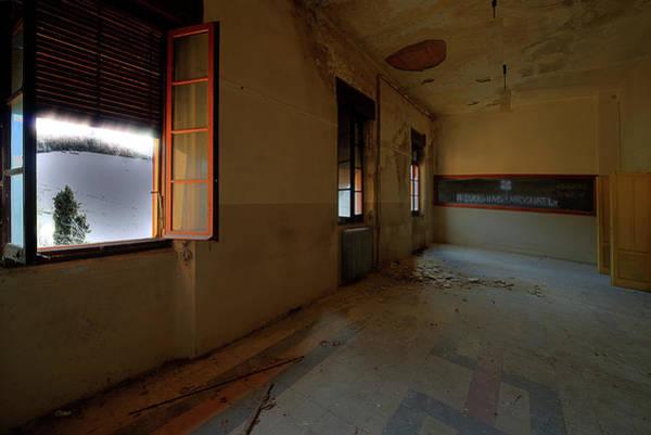 Photograph - Winter Class Atmosphere - Atmosfera Scolastica Invernale by Enrico Pelos