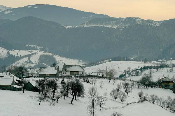 Photograph - Winter Evening In The Mountains by Emanuel Tanjala