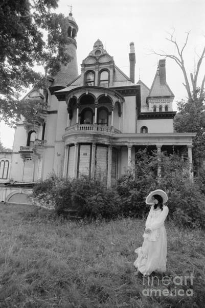 Real Ghosts Wall Art - Photograph - Woman And Abandoned Victorian House by H. Armstrong Roberts/ClassicStock