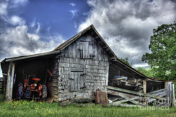 Barns Wall Art - Photograph - Work Is All Done by Pete Hellmann