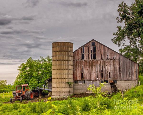Photograph - Working Barn by Rod Best
