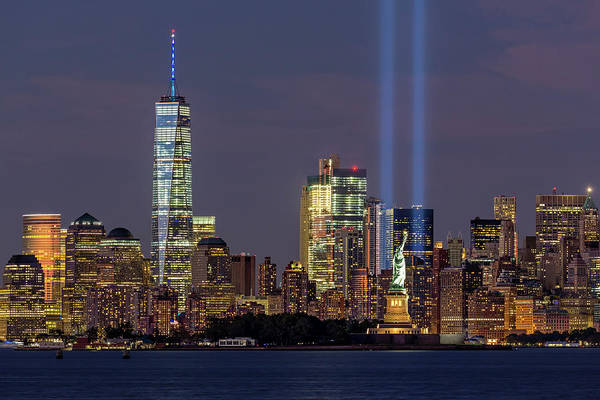 Wall Art - Photograph - World Trade Center Wtc Tribute In Light Memorial by Susan Candelario