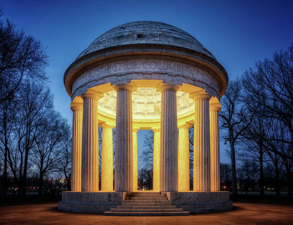 Photograph - World War One Monument by Ryan Wyckoff