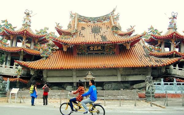 Photograph - Wu Chang Gong by HweeYen Ong