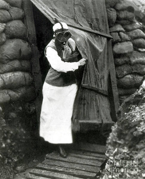 Wall Art - Photograph - Wwi, Aef Army Nurse Wearing Gas Mask by Science Source