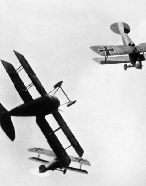 Wall Art - Photograph - Wwi: Dogfight by Granger
