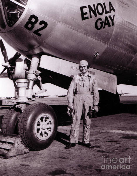 Nuclear Bomber Wall Art - Photograph - Wwii, Paul Tibbetts, Usaf Officer by Science Source
