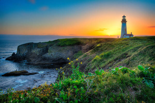 Photograph - Yaquina Lighthouse Sunset by Michael Ash