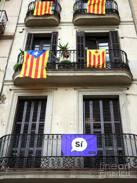Photograph - Yes Catalonia In Barcelona by John Rizzuto