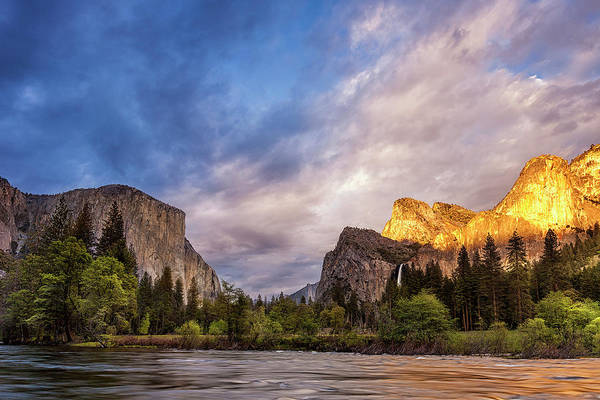 Wall Art - Photograph - Yosemite Gates Of The Valley by Andrew Soundarajan