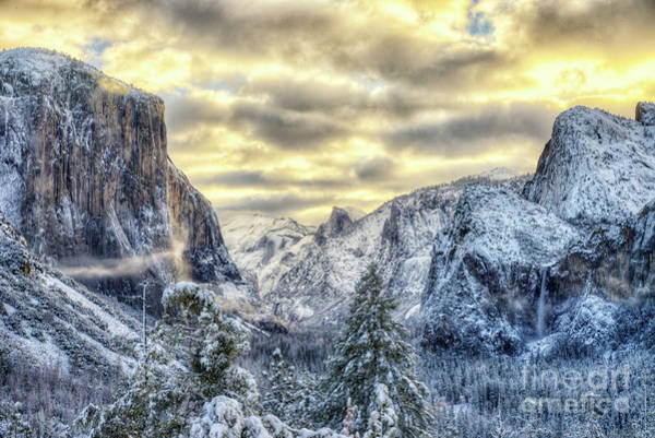Photograph - Yosemite National Park Amazing Tunnel View Winter Beauty by Wayne Moran