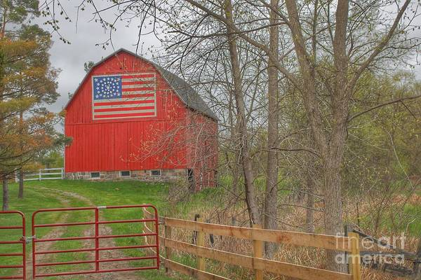 Photograph - 0293 - Patriot Barn II by Sheryl L Sutter