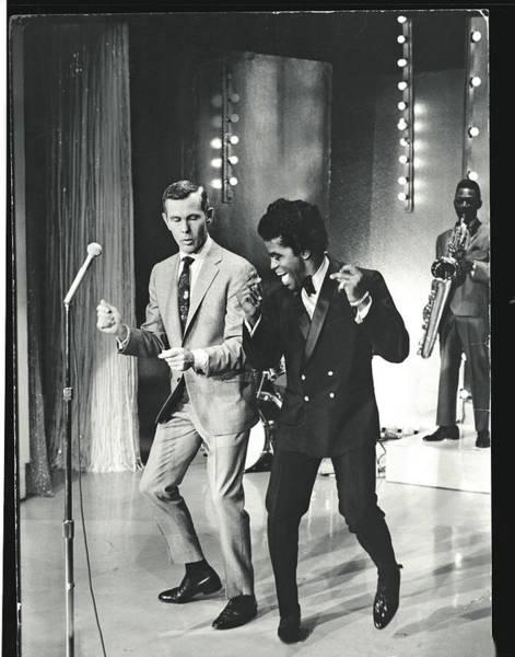 Johnny Carson Photograph - 036518 Johnny Carson Dancing W. James by Arthur Schatz