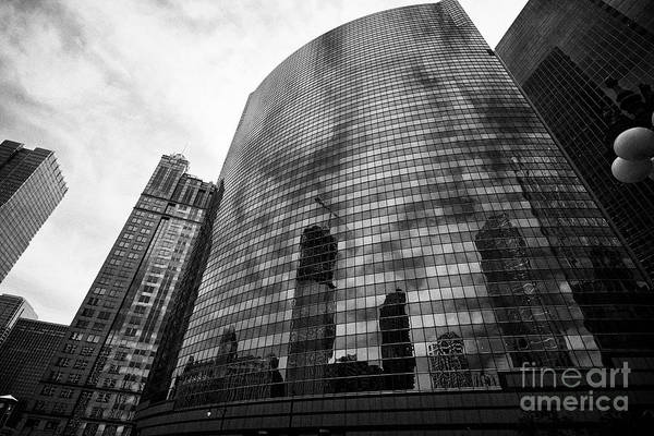Wall Art - Photograph - 333 Wacker Drive Highrise Office Building With Curved Glass Chicago Illinois United States Of Americ by Joe Fox