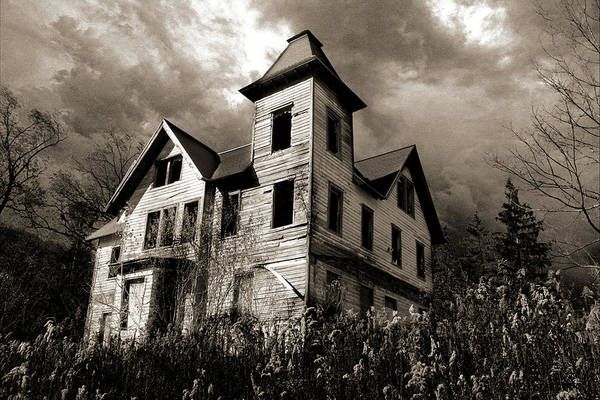 Photograph - Bates Motel? by Tom Romeo