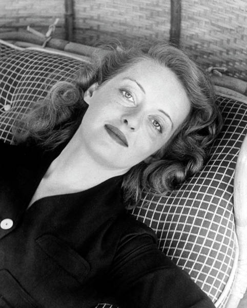 Actress Photograph - Bette Davis by Alfred Eisenstaedt