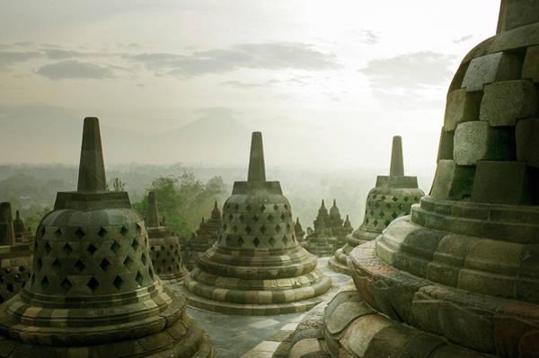 Design Photograph - Borobudur Temple by Huy Lam / Design Pics