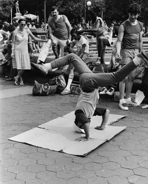 Washington Square Park Photograph - Breakdancing In Washington Square Park by Leo Vals