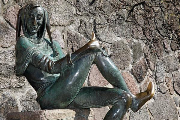 Wall Art - Photograph - Bronze Sculpture Till Eulenspiegel Eulenspiegel Fountain Moelln Schleswig-holstein Germany by imageBROKER - Justus de Cuveland