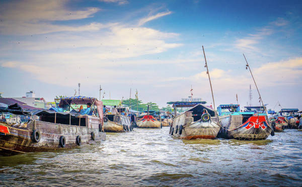 Photograph - Can Tho Floating Market by Gary Gillette
