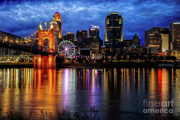 Photograph - Cincinnati Skyline by Ed Taylor