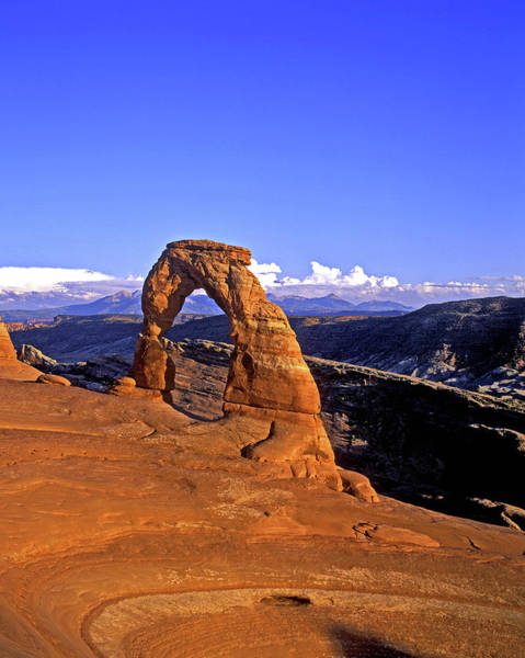 Natural Arch Photograph - Delicate Arch, Arches National Park by Hans-peter Merten