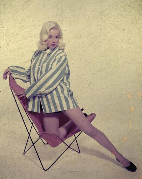 Sex Symbol Photograph - Diana Dors by Carl Sutton