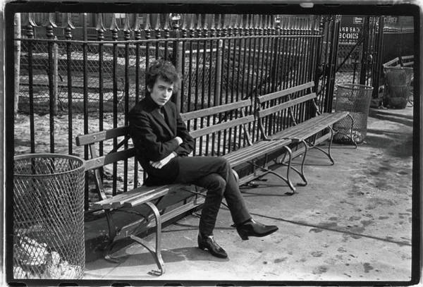 Bin Wall Art - Photograph - Dylan In Sheridan Square Park by Fred W. McDarrah