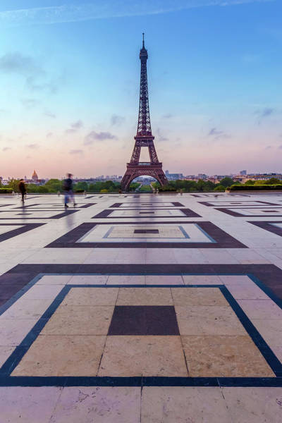 Wall Art - Photograph - Eiffel Tower Sunrise by Melanie Viola